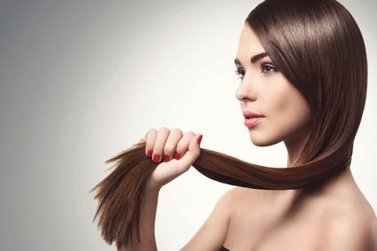 5 manières pour avoir des cheveux plus longs !