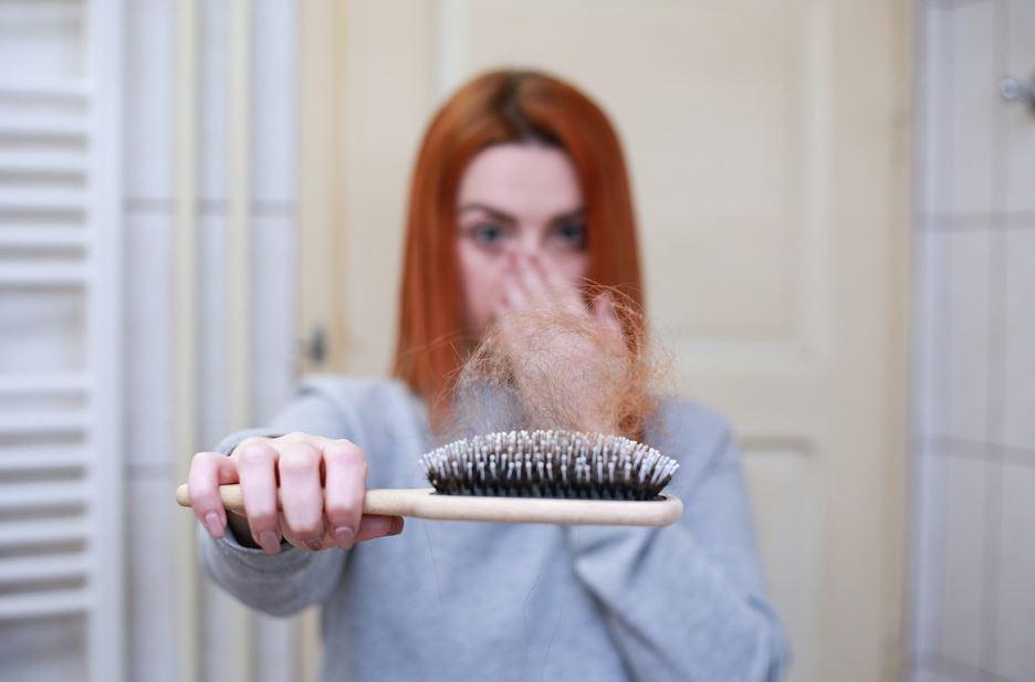 Les réflexes pour traiter les chutes de cheveux