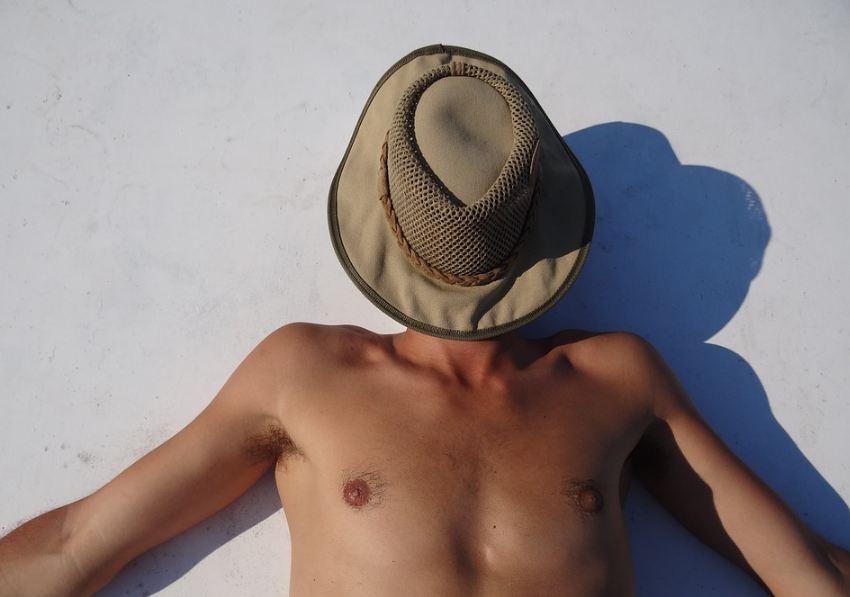 Les conseils classiques de prudence pour bien se protéger du soleil